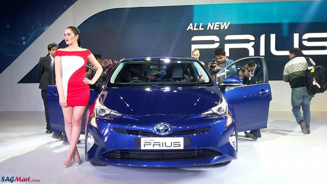 Toyota Prius Facelift at the 2016 Auto Expo