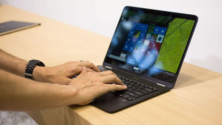 acer launched spin 7 as 39 world 39 s thinnest laptop 39 priced at rs 1 09 000. Black Bedroom Furniture Sets. Home Design Ideas