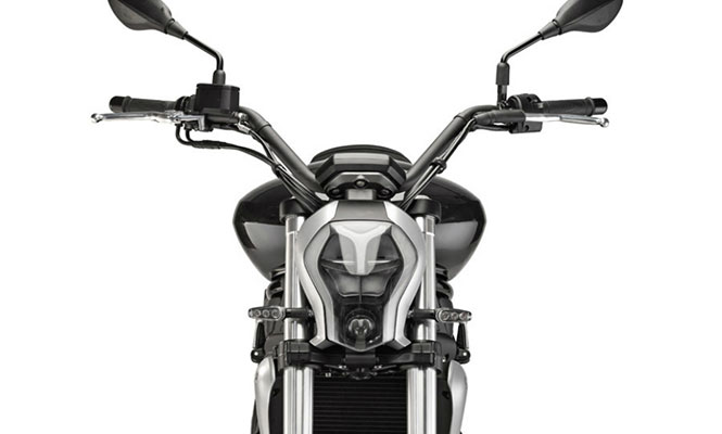 Benelli 402S Front