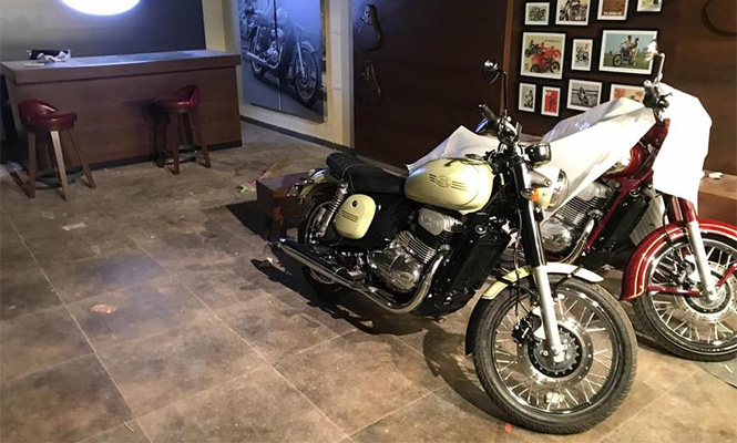 Jawa First Showrooms Open In Pune