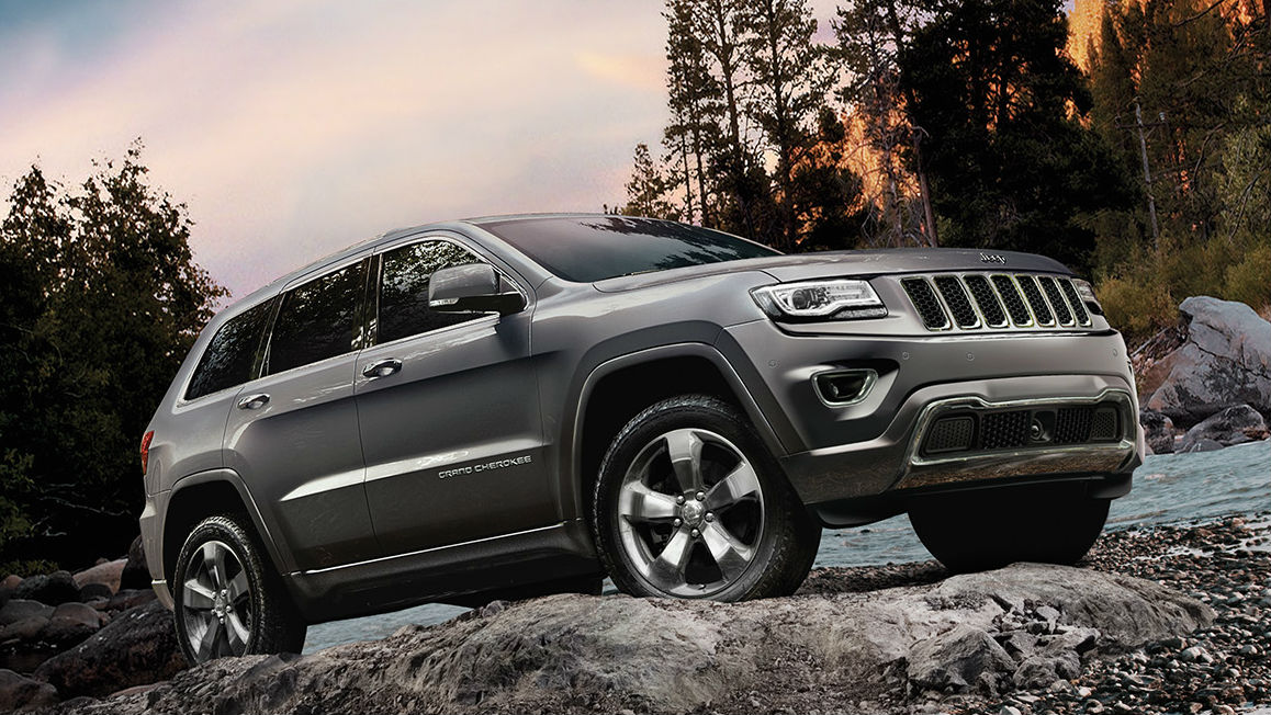 Jeep Grand Cherokee with Petrol Powered Engine