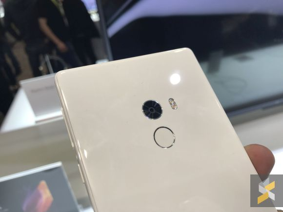 xiaomi-mi-mix-white-version-launched-at-ces-2017