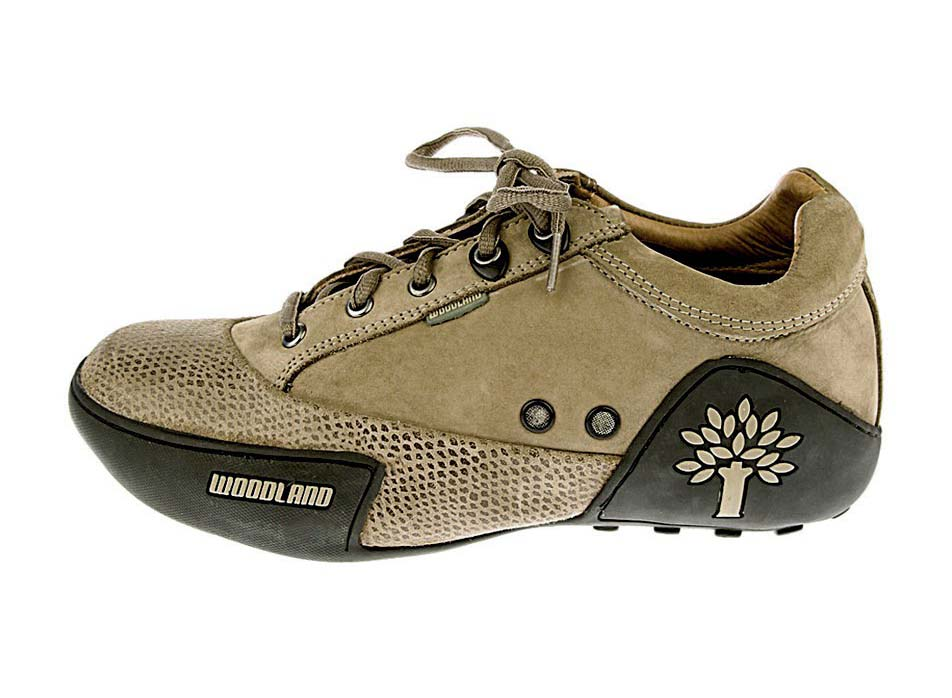 Never Before: Woodland Shoes at FLAT 50% OFF on Flipkart - Hot