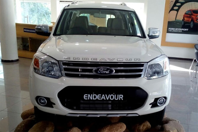 indian roads experienced 2014 ford endeavour with