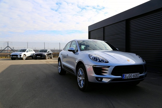 porsche macan plug in hybrid currently under production. Black Bedroom Furniture Sets. Home Design Ideas