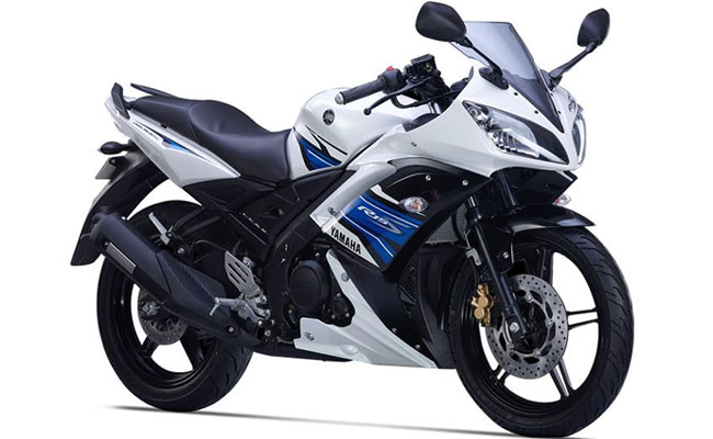Yamaha yzf r15 s disc bs iv price india specifications for Yamaha r15 v3 price philippines