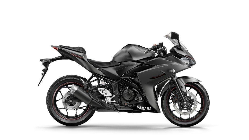 2016 yamaha yzf r3 received new paint scheme and graphics
