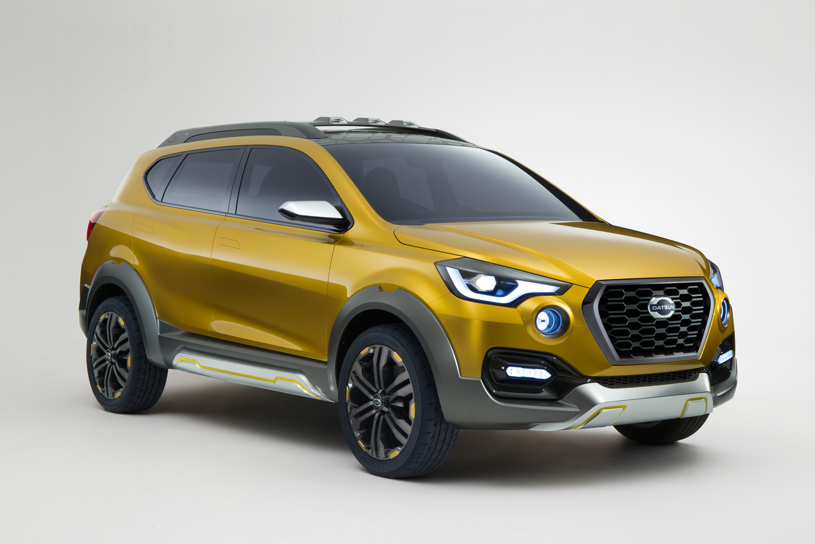 Upcoming Auto Expo 2016 to Showcase Datsun Go-Cross