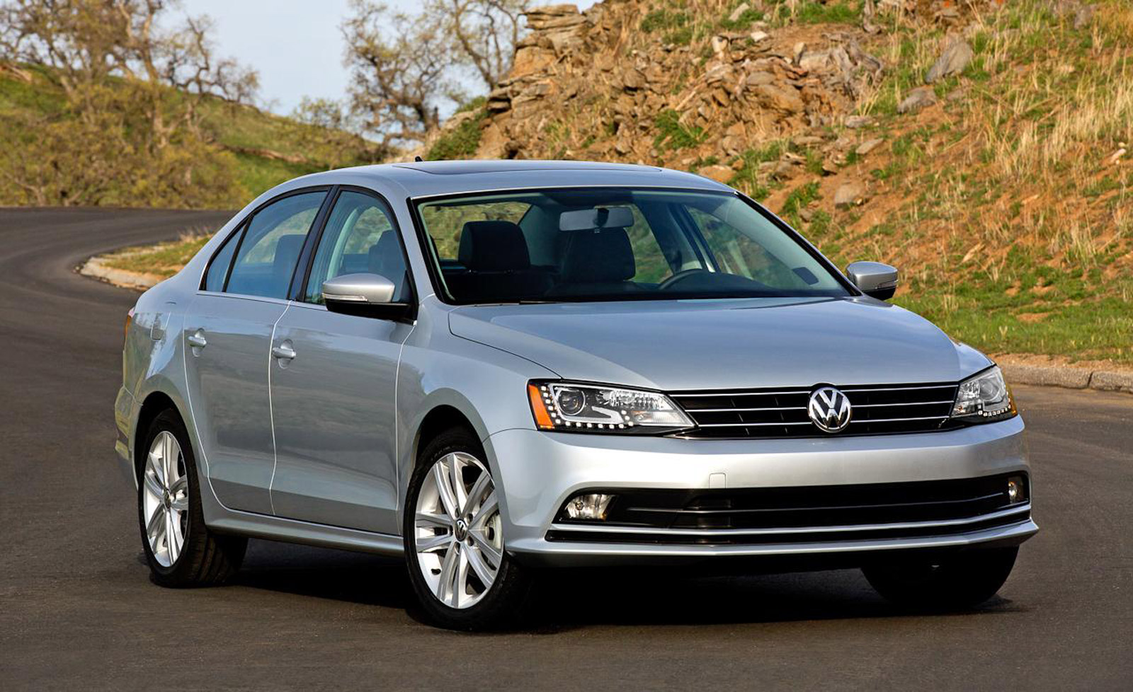 2016 volkswagen jetta gets equipped with new infotainment. Black Bedroom Furniture Sets. Home Design Ideas