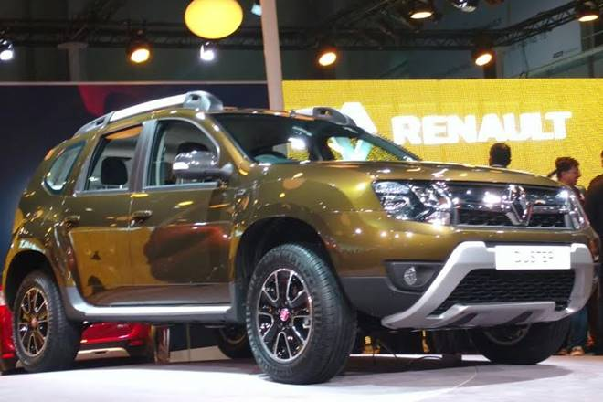 renault duster facelift unveiled at the 2016 auto expo. Black Bedroom Furniture Sets. Home Design Ideas