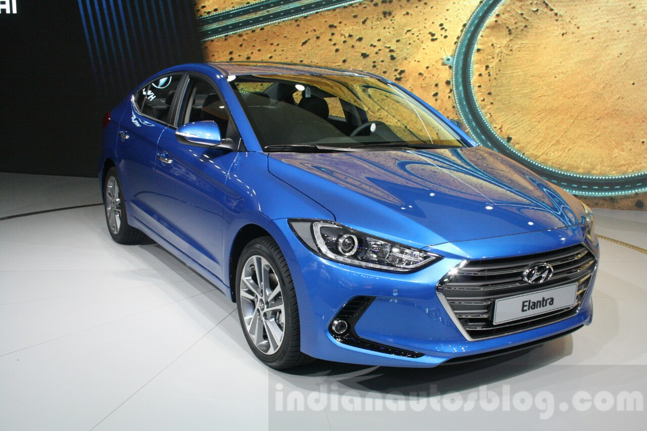 upcoming 2016 hyundai elantra test mule spotted in chennai. Black Bedroom Furniture Sets. Home Design Ideas