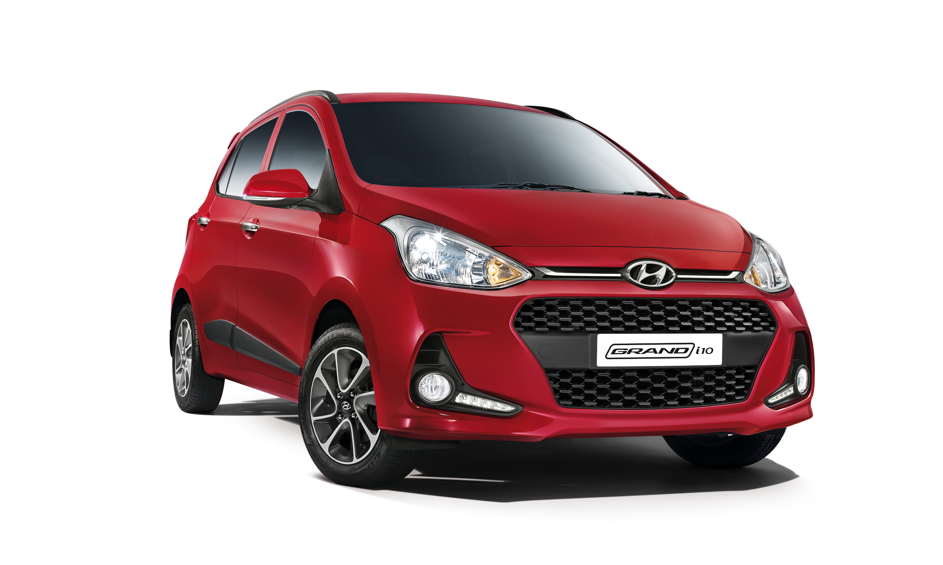 2017 hyundai grand i10 facelift launched in india at inr lakhs. Black Bedroom Furniture Sets. Home Design Ideas
