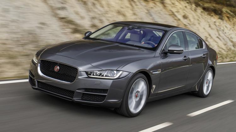 jaguar xe petrol version price slashed by inr lakh. Black Bedroom Furniture Sets. Home Design Ideas