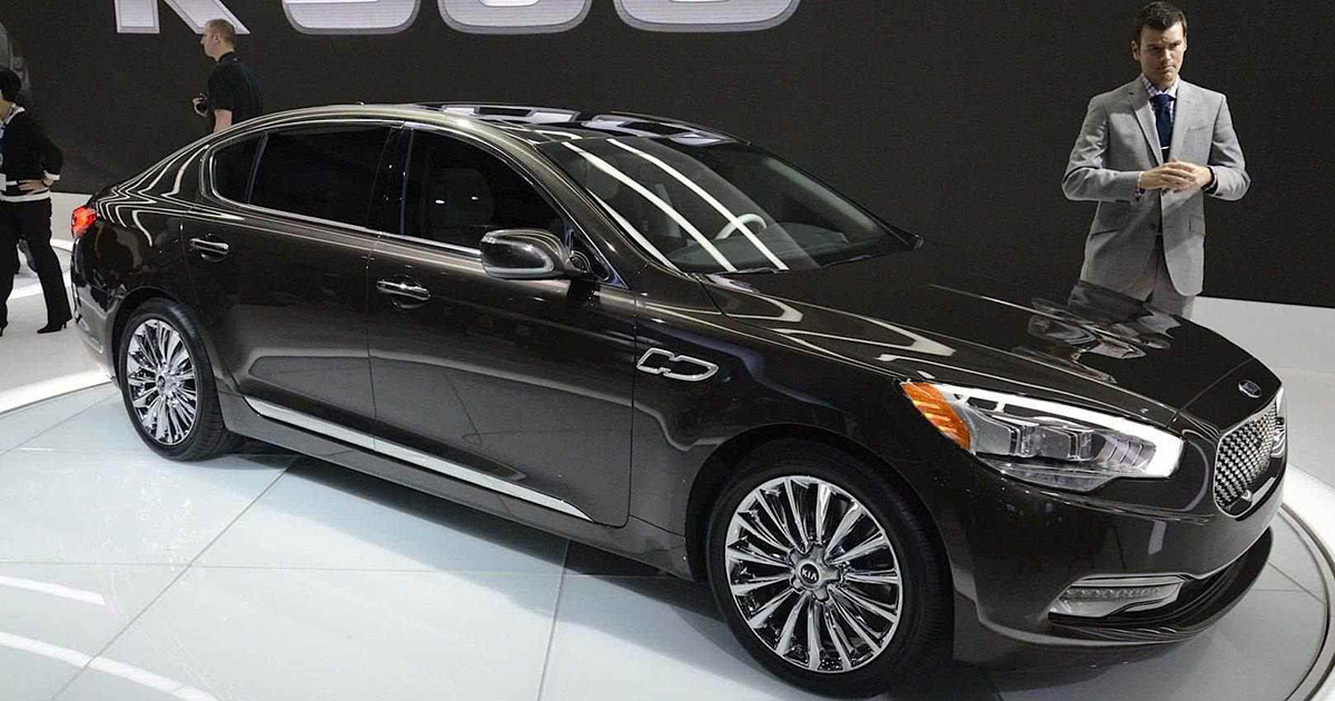 new kia k900 luxury sedan expects global debut soon sagmart. Black Bedroom Furniture Sets. Home Design Ideas