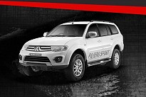 Mitsubishi Pajero Sport Select Plus 4X4 MT