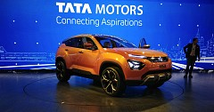 Delhi Auto Expo 2018: TATA H5X - TATA Motors Big Answer to Creta and Compass