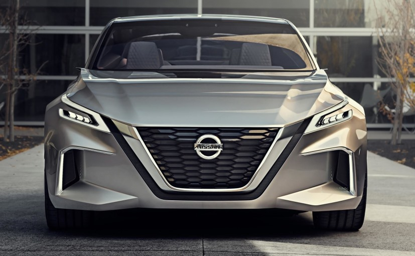 Nissan Vmotion 2.0 Concept with the company's new V grille design